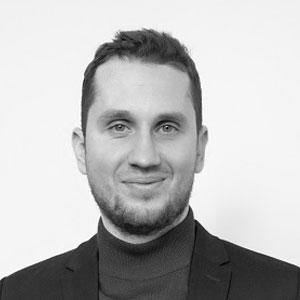 Headshot of Eduard Paziuk